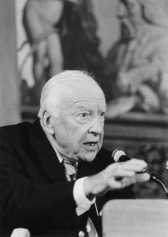 Gadamer_Hans-Georg_Jaspers-Preis_1986_Pos_I_08675